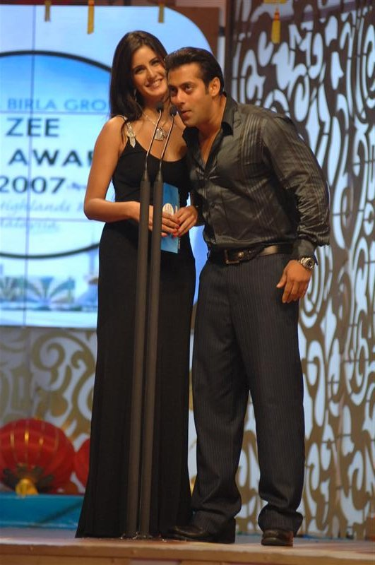 Salman Khan And His Wife http://katrinasalman.wordpress.com/tag/salman-khan-affair/